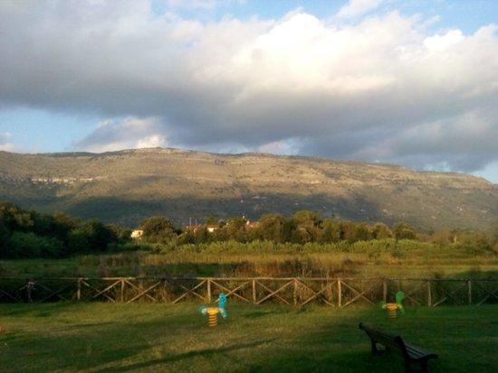 Abbazia di Fossanova : Parco e Via Francigena