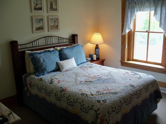 Inside A Helper Room Picture Of Big Bay Point Lighthouse Bed And Breakfast Tripadvisor