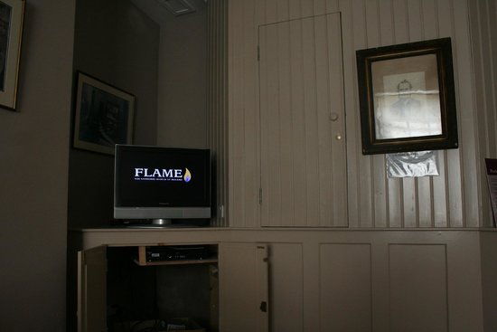 Flame!  The Gasworks Museum of Ireland: The movie you're shown first.