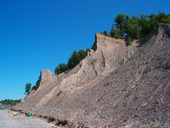 Chimney Bluffs State Park: Looking east from below