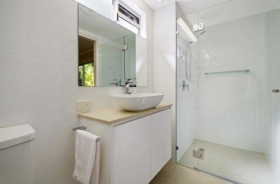 Bali Hai Apartments Noosa: Ensuite