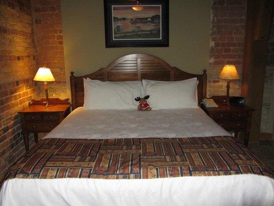 Murray Premises Hotel: Fantastic king size bed