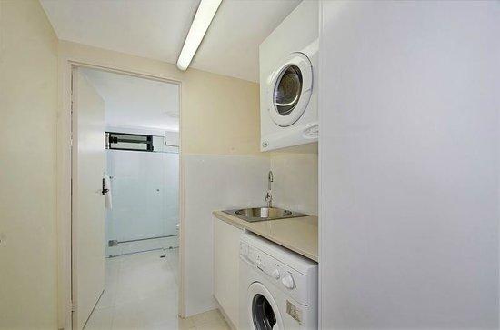 Bali Hai Apartments Noosa: Laundry