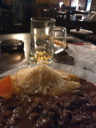 Caru' cu bere : une espèce de goulash roumain