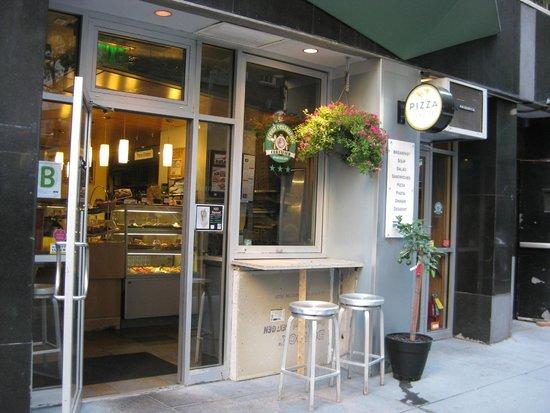 Photo of Italian Restaurant Pizza by Cer te at 132 E 56th St, New York City, NY 10022, United States