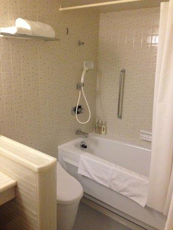 ANA Crowne Plaza Kyoto: バスルーム