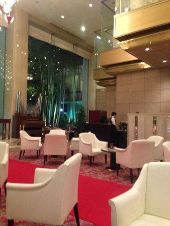 ANA Crowne Plaza Kyoto: ホテルレストラン