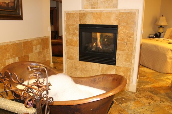 Della Terra Mountain Chateau: Gorgeous Bathroom