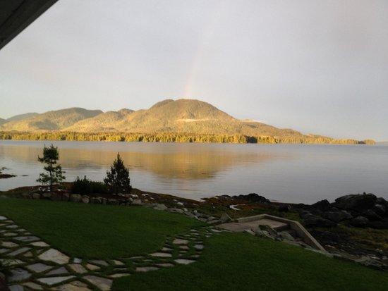 Anchor Inn by the Sea: Rainbow at sunrise