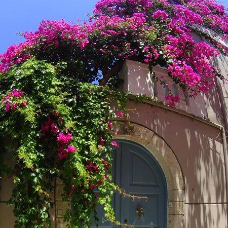 Villa Kallergi: Villa Athena Kallergi - Medieval entrance