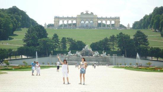 Palacio de Schönbrunn: Fuentes y jardines