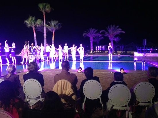 Robinson Club Agadir : Fashion show by the pool