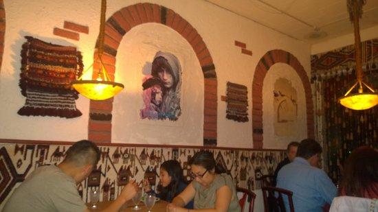 Kabul Restaurant Afghani Cuisine: Restaurant interior