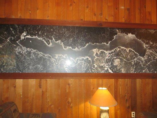 The Pines Resort: map of lake
