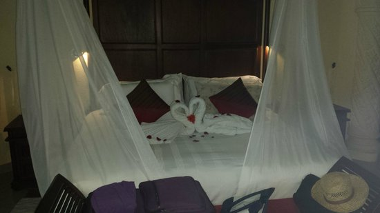 The Royal Playa del Carmen: Romantic Turn down service