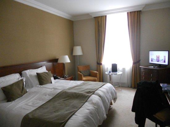 Corinthia Hotel Budapest: habitacion