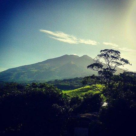 Thermomanía: Vista del Volcan Miravalles