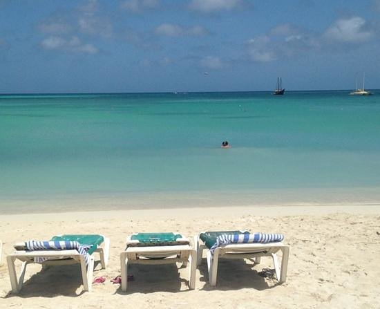 Holiday Inn Resort Aruba - Beach Resort & Casino: Holiday Inn - Palm Beach
