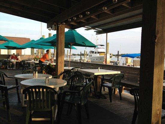 Finz Grill & Bar: A great deck