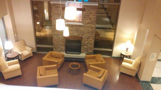 Courtyard Nashua: The lobby