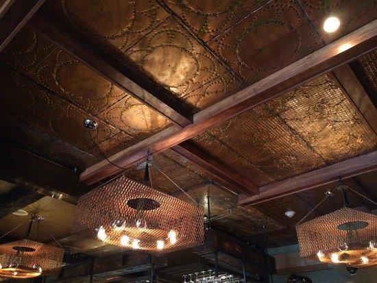 Boca Bistro: Cool decor.  Lots of copper.