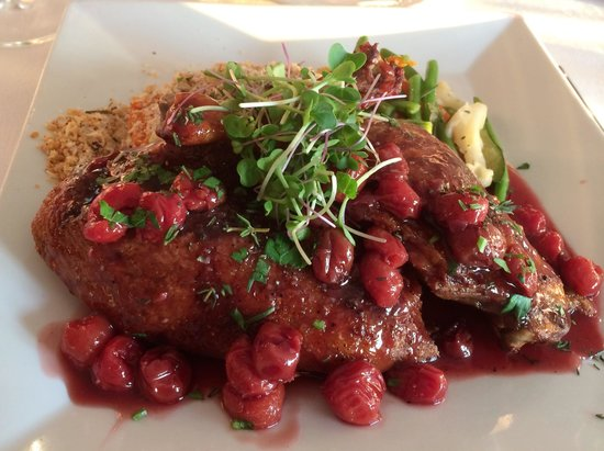 The Inn at Kristofer's: Duck half with sour cherries
