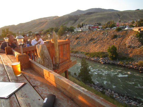 Mammoth Hot Springs Hotel & Cabins: Deck on Restaurant in Gardiner - Iron Horse Grill