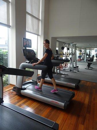Hansar Bangkok Hotel: gym - hansar bangkok