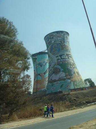 South Western Townships: Chaminés Grafitadas