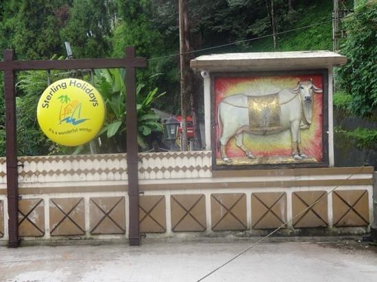 Gangtok - Delisso Abode, A Sterling Holidays Resort: Main entrance