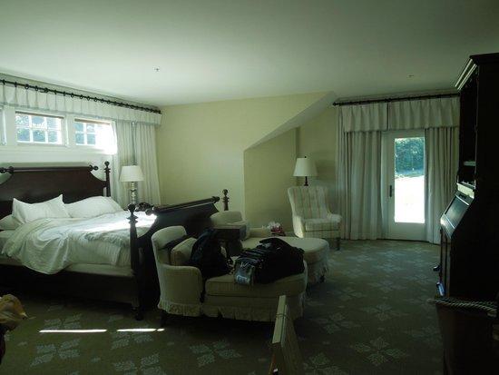 Omni Bedford Springs Resort: Polk Suite Master Bedroom