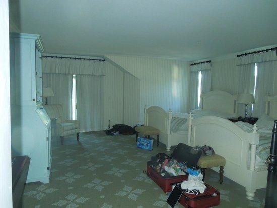 Omni Bedford Springs Resort: Polk Suite Bedroom