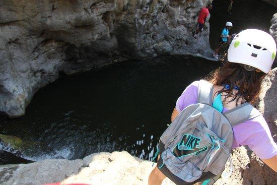 Israel Extreme: Jump into pool