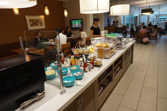 HYATT house Pittsburgh-South Side : Breakfast Area
