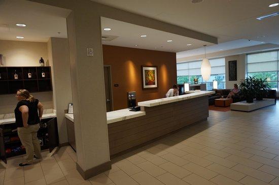 HYATT house Pittsburgh-South Side : Lobby