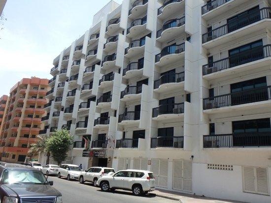 Golden Sands Hotel And Apartments Dubai