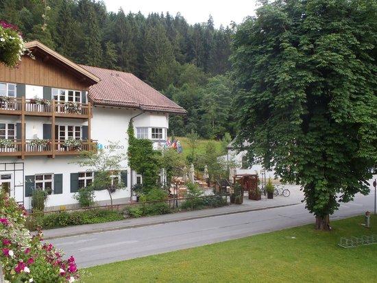 SENTIDO Zugspitze Berghotel Hammersbach: hotel exterior
