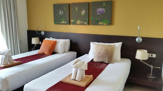 Buri Tara Resort : the room