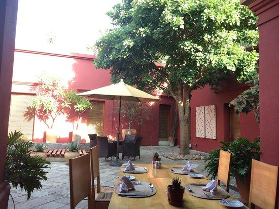 Hotel La Casona de Tita: Patio interior
