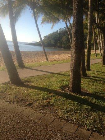 Bellevue at Trinity Beach: Peaceful Quiet Beach