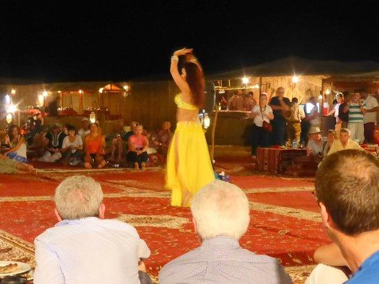 Arabian Adventures: Belly dancer