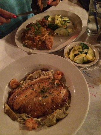 Blue Dog Cafe : Fried catfish and grilled tilapia