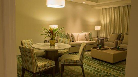 Hotel Benilde Maison De La Salle: Presidential Suite's Receiving Area