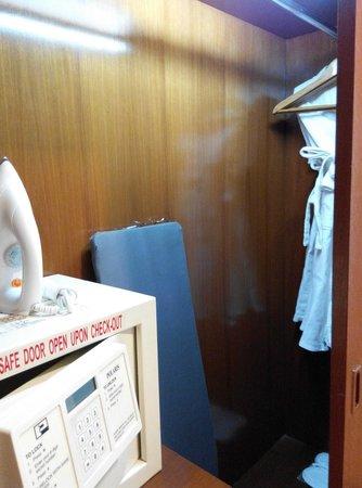 Dorsett Kuala Lumpur : Things provided in the room