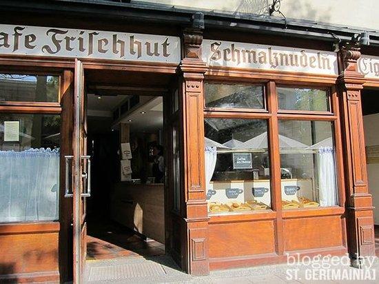 Schmalznudel - Cafe Frischhut: Store front