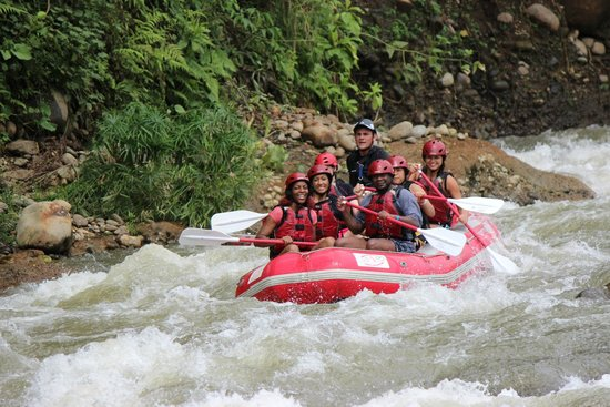 Desafio Adventure Company: river rafting