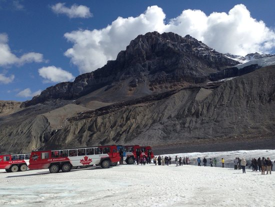 Columbia Ice Field: Canadian limo service