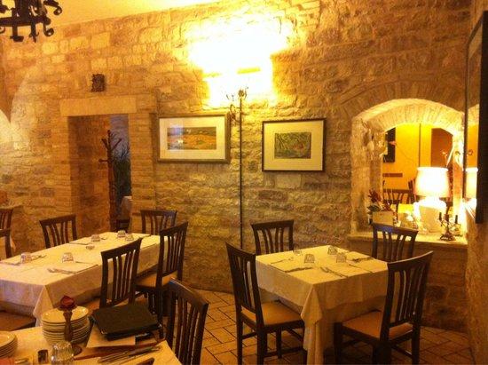 "Ristorante ""Taverna dei Consoli"" : Sala interna"