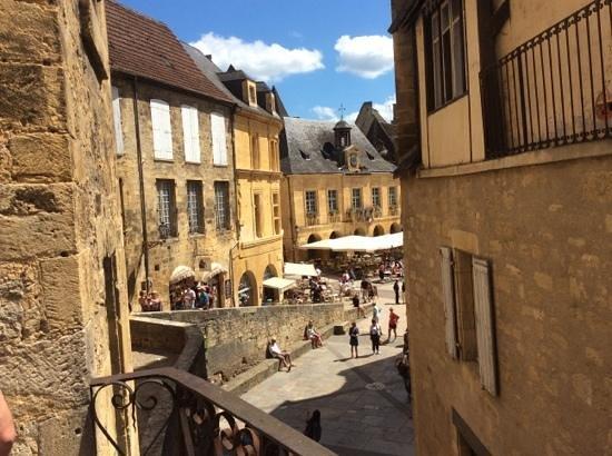 Manoir de Gisson : vue de la terrasse