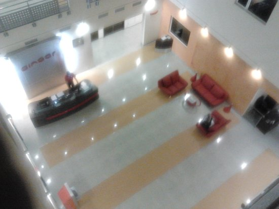 Ginger Hotel Jaipur : The Lobby (sorry for the image quality)